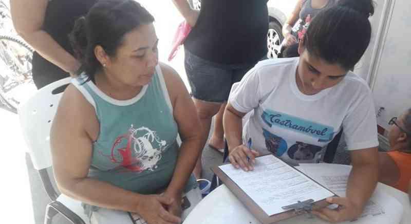 Castramóvel: Prefeitura inicia cadastramento de animais no bairro América - A8SE