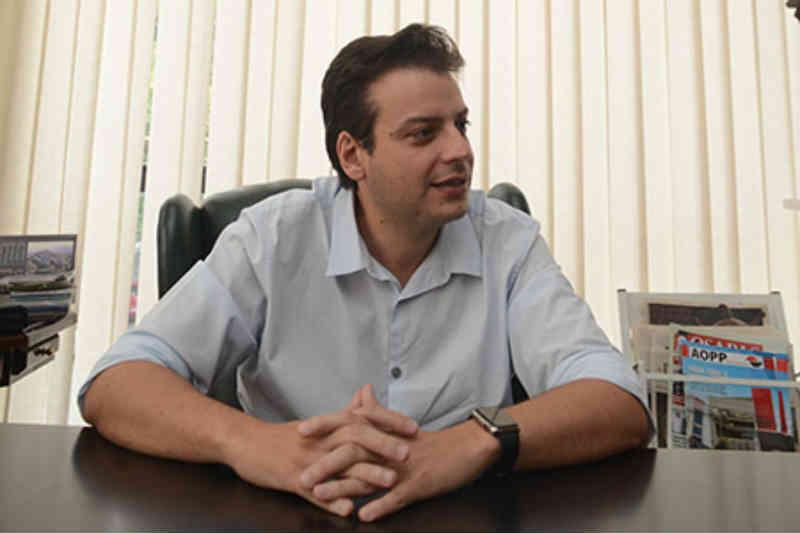 Vereador critica Carrefour por doações para ONGs de fora de Osasco, SP