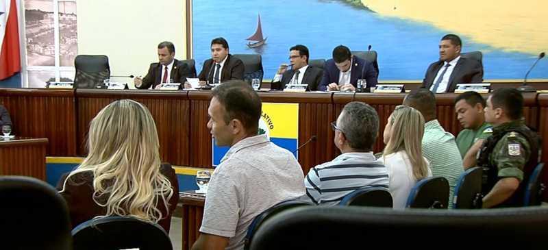 Audiência pública realizada na Câmara Municipal de Santarém debateu o crime de maus-tratos a animais — Foto: Reprodução/TVTapajós