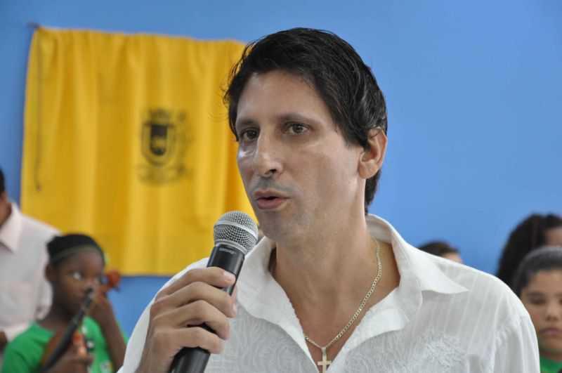 Vereador propõe hospital público para animais em Volta Redonda, RJ