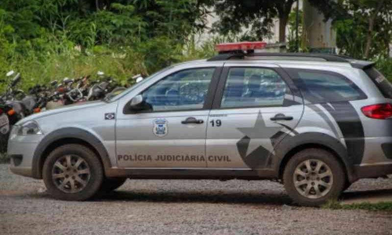 Doze cães e gatos são encontrados mortos por envenenamento em Cuiabá