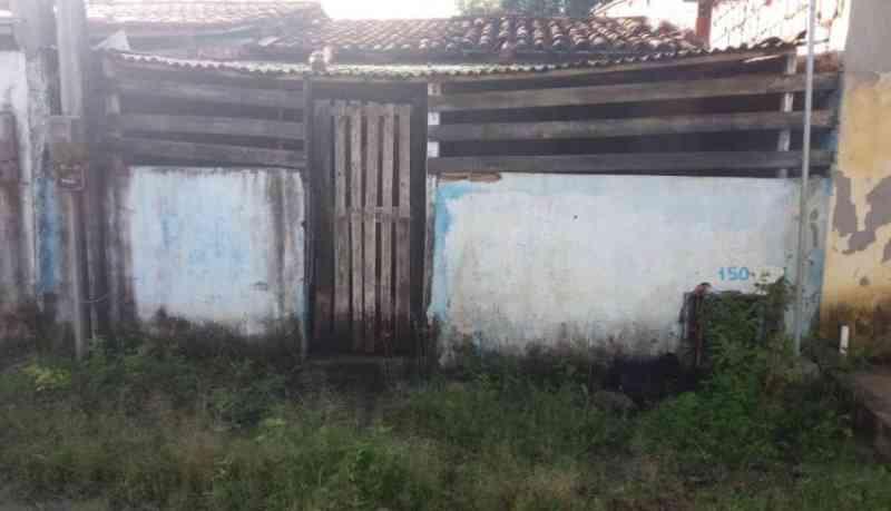Indignação: moradores denunciam maus-tratos de animais numa casa em Conceição do Jacuípe, BA