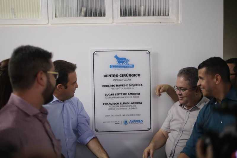 Prefeitura inaugura centro cirúrgico moderno para promoção do bem-estar animal, em Anápolis, GO