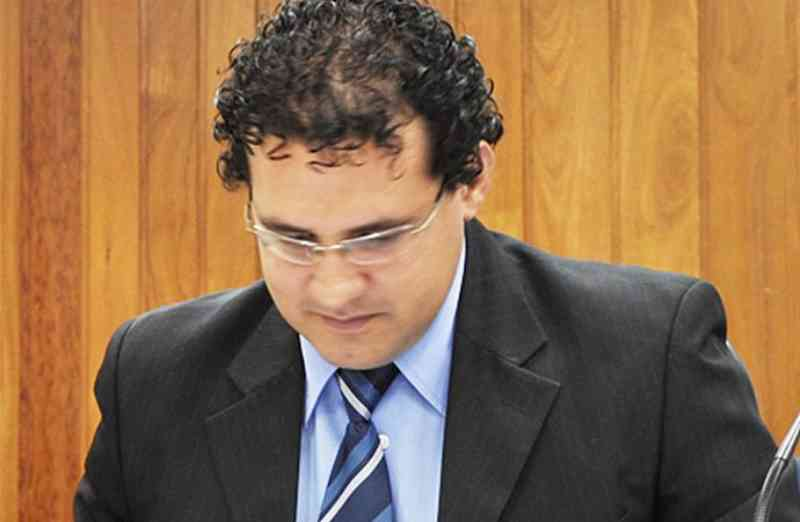 Câmara questiona Prefeitura de Jales (SP) sobre castração de cães e gatos