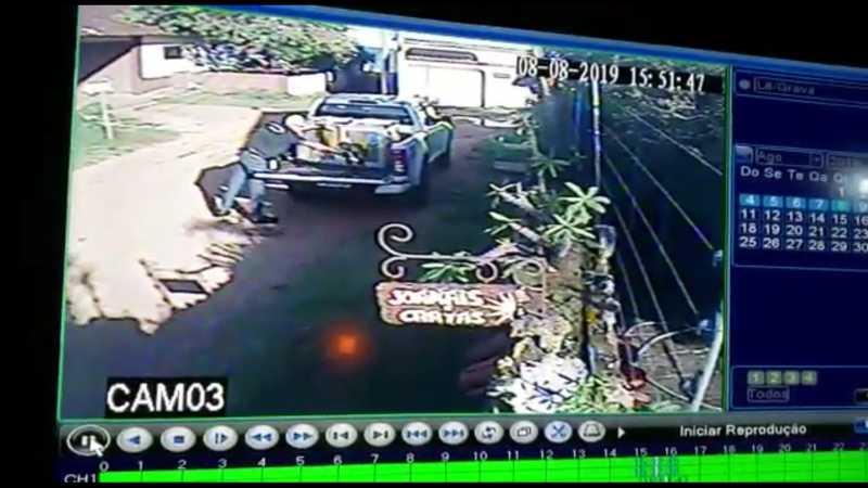 Caso foi registrado por uma câmera de segurança instalada na região