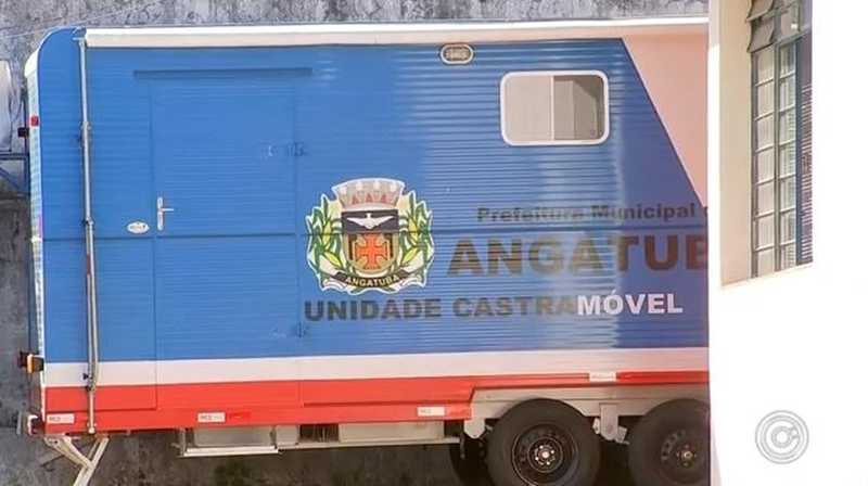 Moradores de Angatuba (SP) reclamam da falta de uso do Castramóvel
