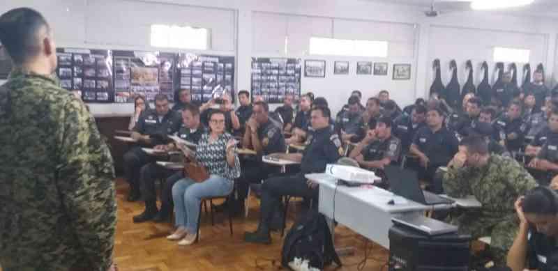 Após pedido de vereadora, PMs são treinados para ocorrências com animais em Campos, RJ; VÍDEO
