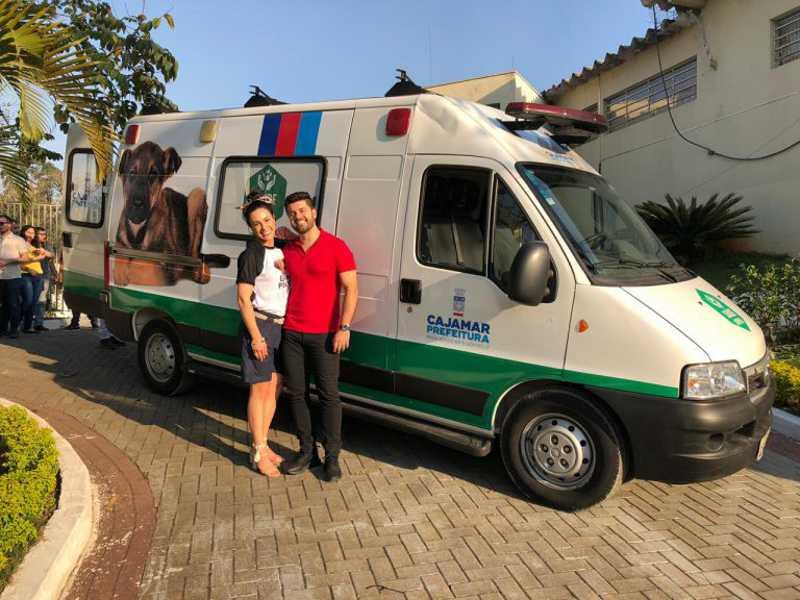 A ambulância foi entregue oficialmente nesta sexta-feira (4), data que comemora o Dia Mundial dos Animais.