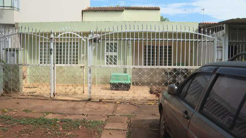 Casa onde cachorro foi morto — Foto: Reprodução/TV Globo