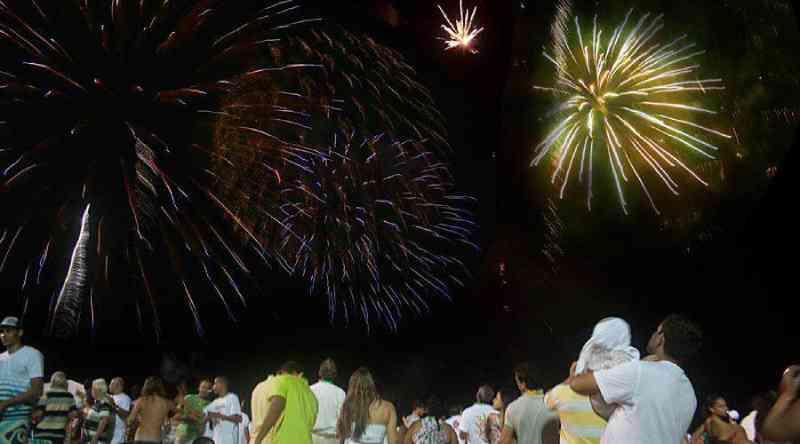 Lei que proíbe fogos de artifício barulhentos começa a valer em Vila Velha, ES