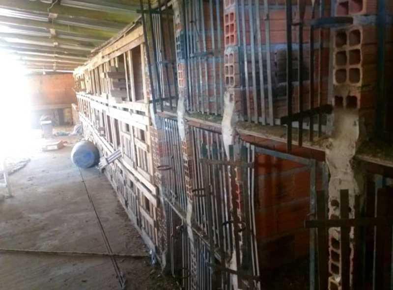 Polícia Militar age rápido e coloca fim a maus-tratos em suposta rinha de galos em Sapopema, PR
