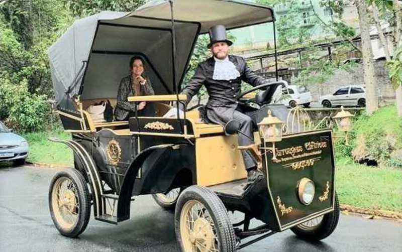 A carruagem elétrica adotada em Petrópolis, RJ, é uma da opções disponíveis.