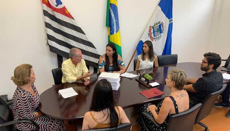 Com abaixo-assinado da Alpa, Prefeitura anuncia castração de cães e gatos de famílias carentes em Limeira, SP
