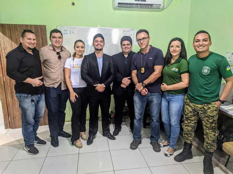 Comissão da OAB e Semma realizam resgate de cachorro que sofria maus tratos em Santarém — Foto: Redes Sociais/Reprodução