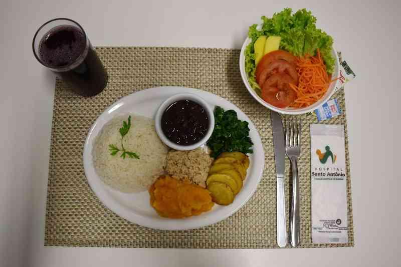 Hospital Santo Antônio é pioneiro em oferecer dietas vegetarianas em Blumenau, SC
