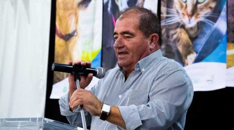 José Carlos Rolo, presidente da Câmara de Albufeira, assinou três protocolos de colaboração com associações que cuidam dos animais de rua