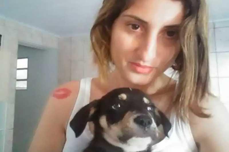 Mulher grava vídeo e confessa ter matado cachorro: 'Enforquei'