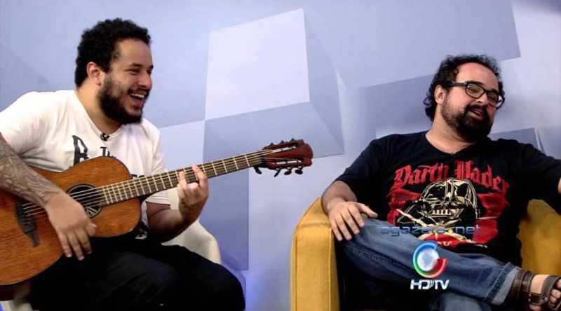 Dito Bruzugú e Aarão Prado apresentam neste domingo, via YouTube, sucessos do brega