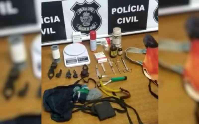 Polícia Civil desmonta rinha de galos que acontecia na mesma rua de delegacia, em Bela Vista de Goiás