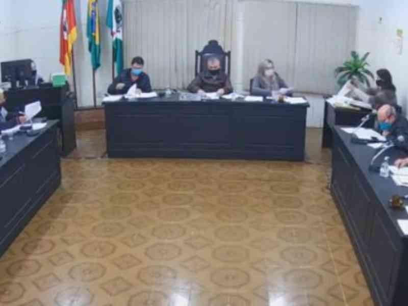 Vergonha! Projeto de proibição das carroças NÃO é aprovado no São Sebastião do Caí, RS