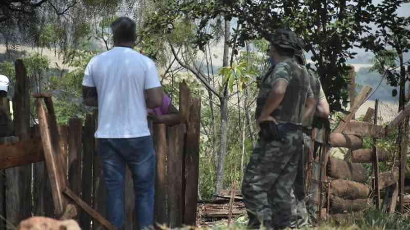 Operação conjunta encontra vários animais em situação de maus-tratos em Luiziana, PR