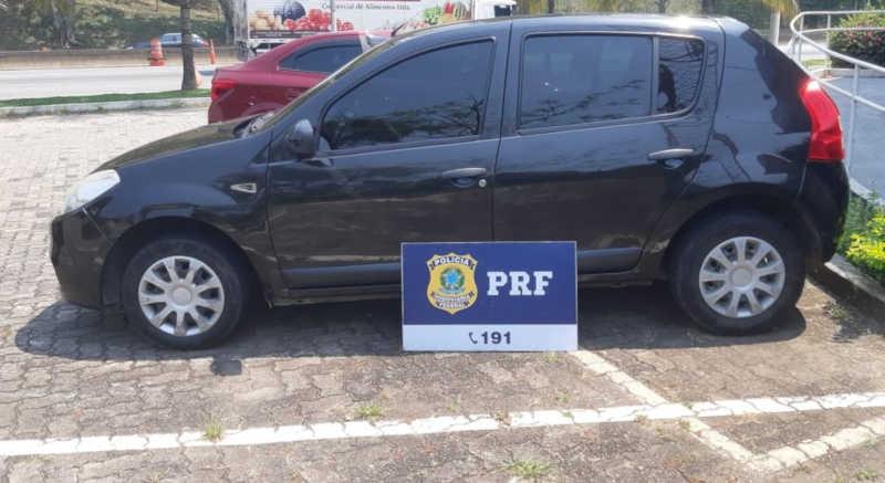 Veículo foi recolhido ao pátio da PRF — Foto: Divulgação/PRF