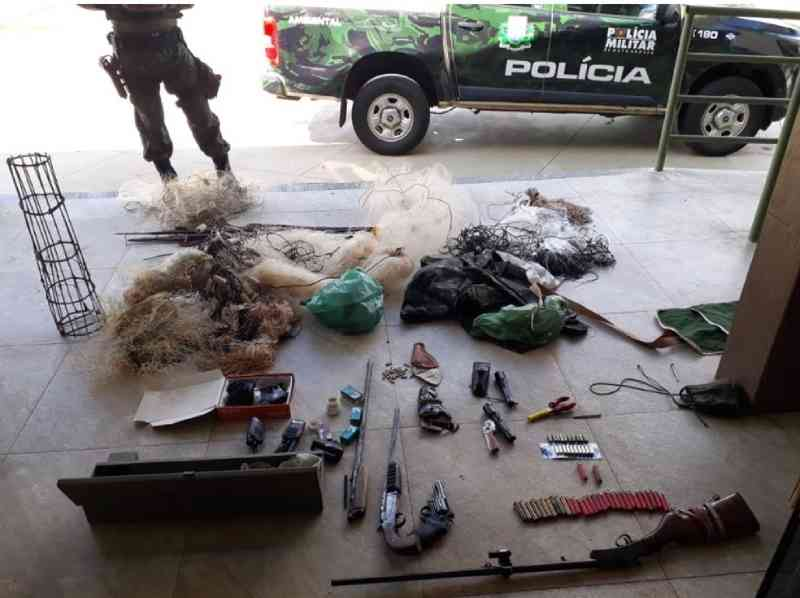 Carne de animais silvestres e armas são apreendidas após denúncia anônima em MT