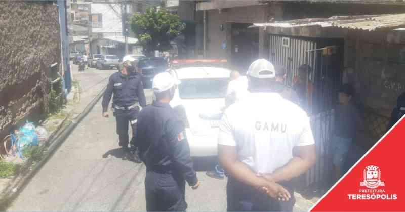 COPBEA apura denúncia de maus-tratos a pit bull no bairro São Pedro, em Teresópolis, RJ