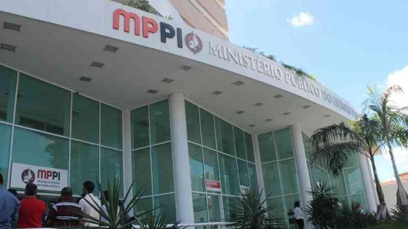 MP ajuíza ação civil contra Prefeitura de São João do Piauí por maus-tratos de animais