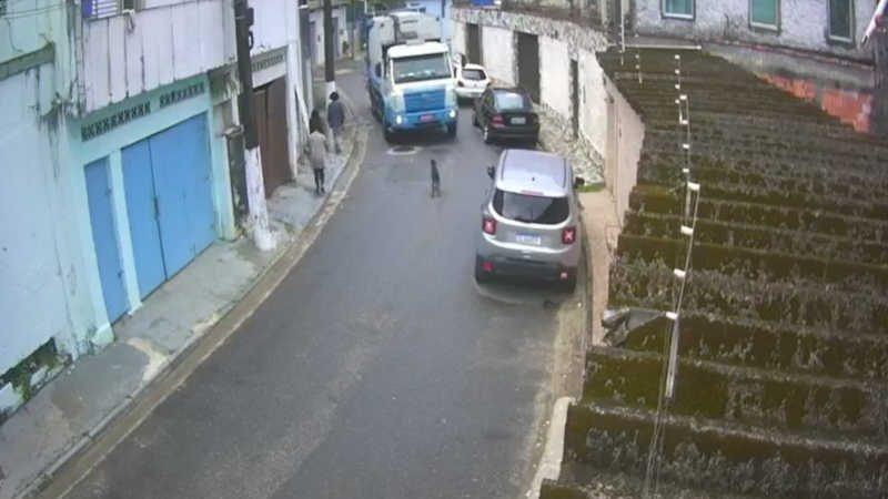 Acidente aconteceu em São Vicente, SP — Foto: Reprodução/Sou Mais São Vicente e Região
