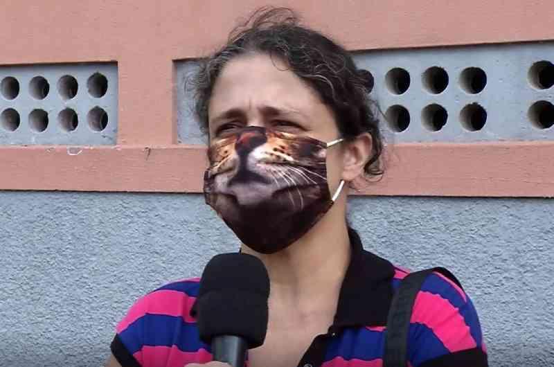 'Ninguém sabe o tamanho da minha dor', diz mãe de jovem que deixou animais presos em apartamento