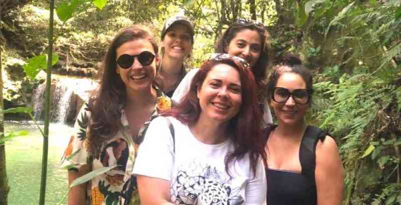 Quatro mulheres se unem para reduzir atropelamentos de animais em Bonito, MS