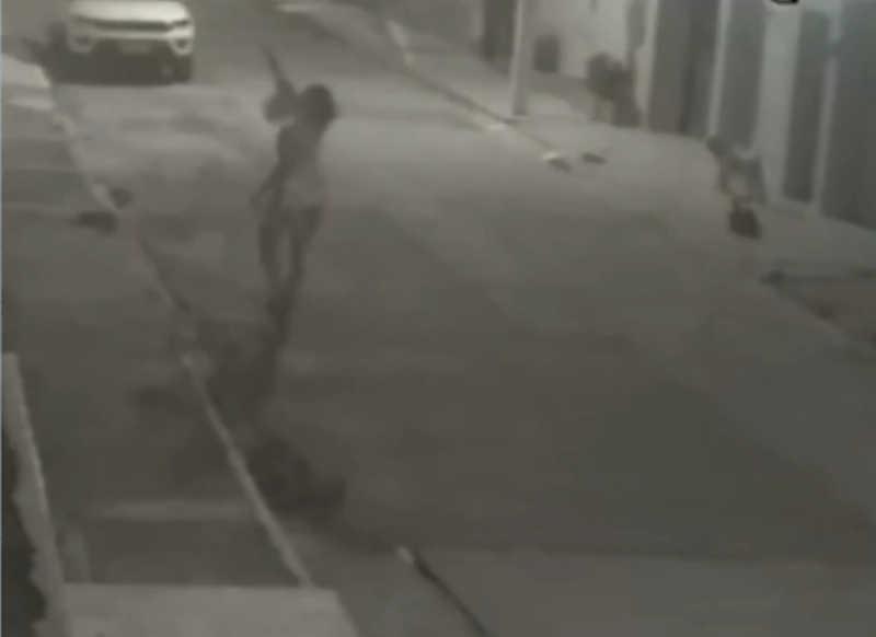Mulher é suspeita de tentar envenenar cachorro na zona de expansão em Aracaju, SE