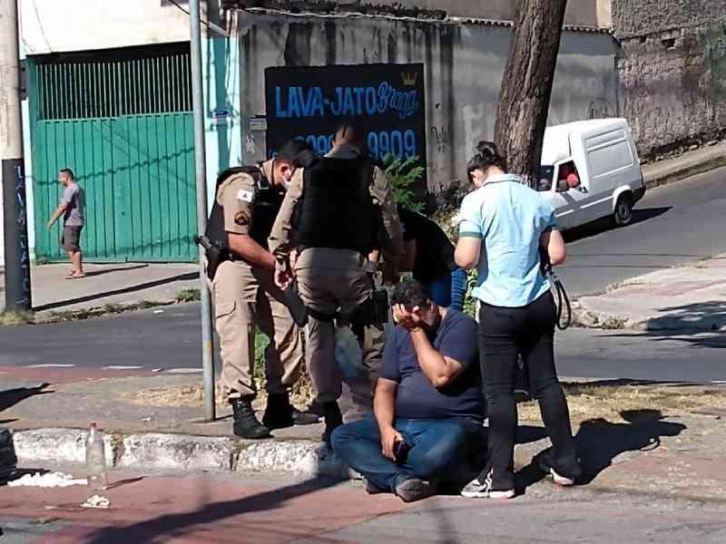 Policial militar mata cachorro a tiros em rua de BH; 'Era um membro da família', diz tutor