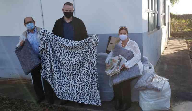 Canil e Gatil de Piracicaba (SP) recebem doação de 200 cobertores e jornais