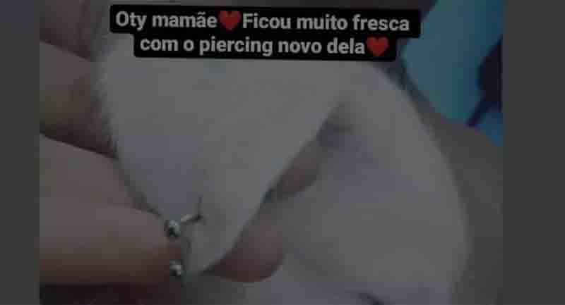 Tutora é indiciada por maus-tratos após colocar piercing na orelha de cadela. Foto: Reprodução/Internet
