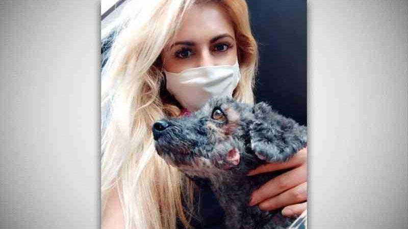 Por meio de contato com outras pessoas que defendem a causa animal, Danielle auxilia cães abandonados. (Foto: Arquivo Pessoal)