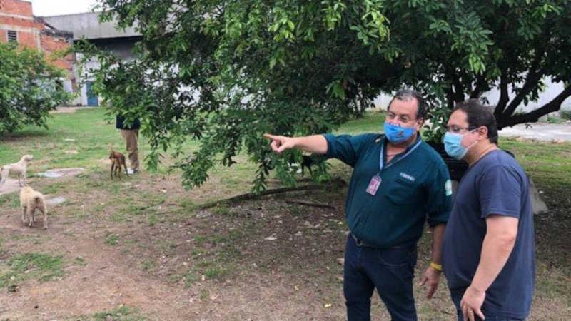 Marcelo Mattos, presidente da Suipa (apontando), e à direita o vereador Doutor Marcos Paulo Foto: Divulgação