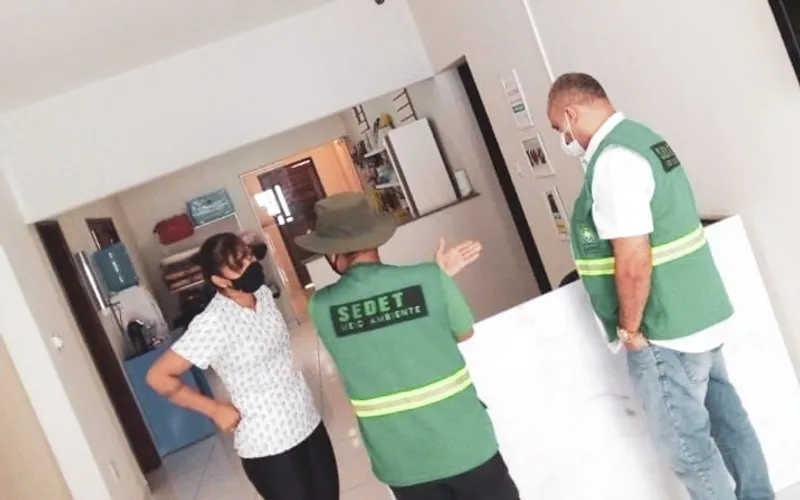Operação autua 100 estabelecimentos veterinários que funcionavam sem licença ambiental em Maceió, AL