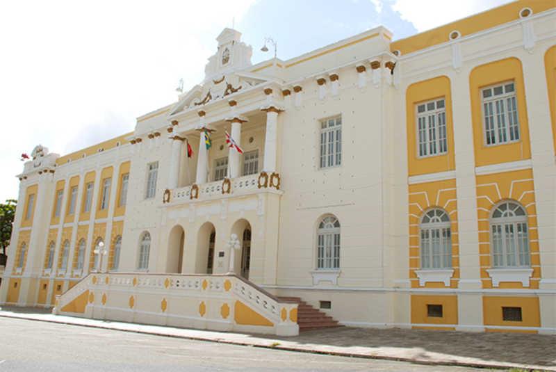 Prefeitura de Patos (PB) terá de adotar providências no controle populacional dos animais de rua